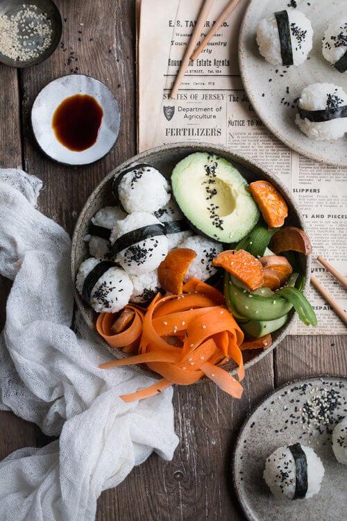 Vegan Onigiri Bowl | #vegan #sushi