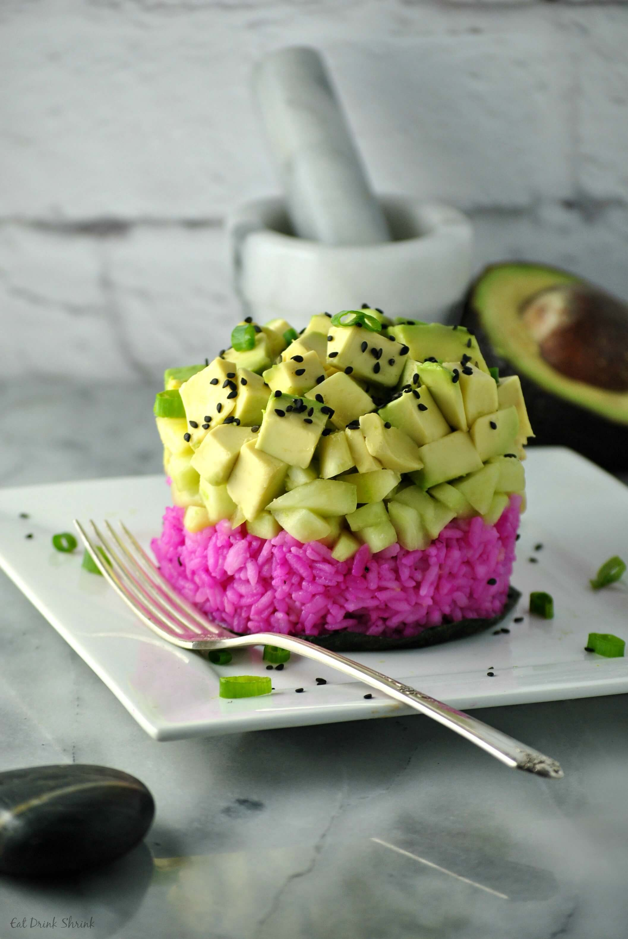 Vegan Dragonfruit Sushi Rice Stack | #vegan #sushi
