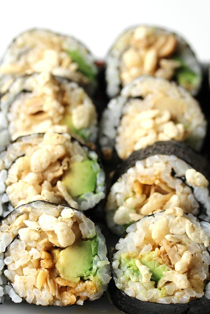 Vegan Spicy Jackfruit Sushi | #vegan #sushi
