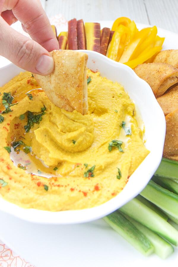 Vegan Carrot Hummus | #vegan