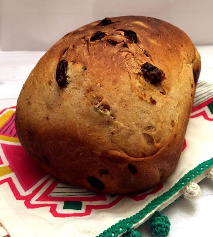 Vegan Cinnamon Raisin Bread