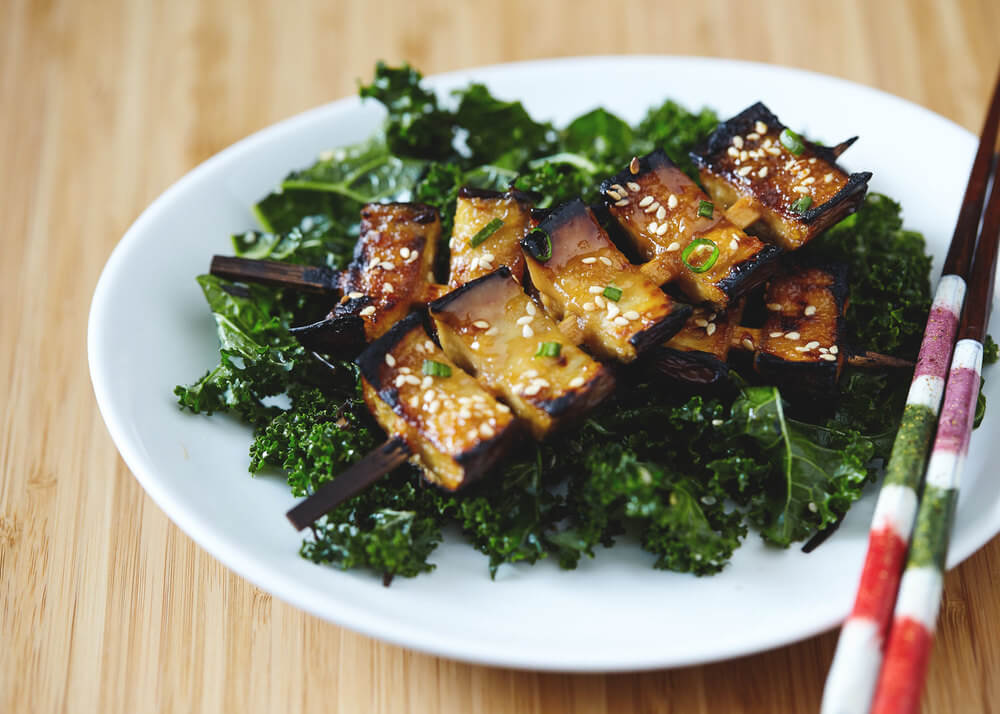 Vegan Miso Glazed Eggplant Kebabs with Kale Seaweed Salad | #vegan