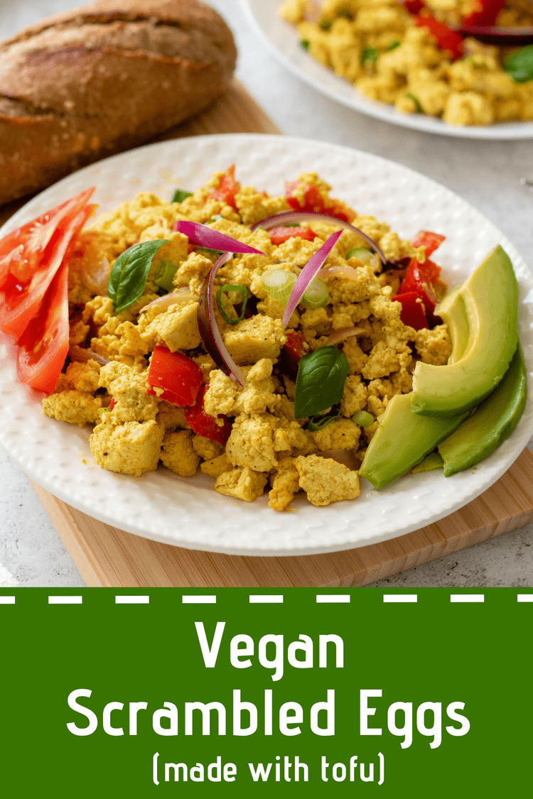 This Vegan Scrambled Eggs recipe is THE ONE you have been looking for. High-protein, plant-based, clean eating and SUPER delicious. Goodbye eggs, hello tofu! | The Green Loot #vegan