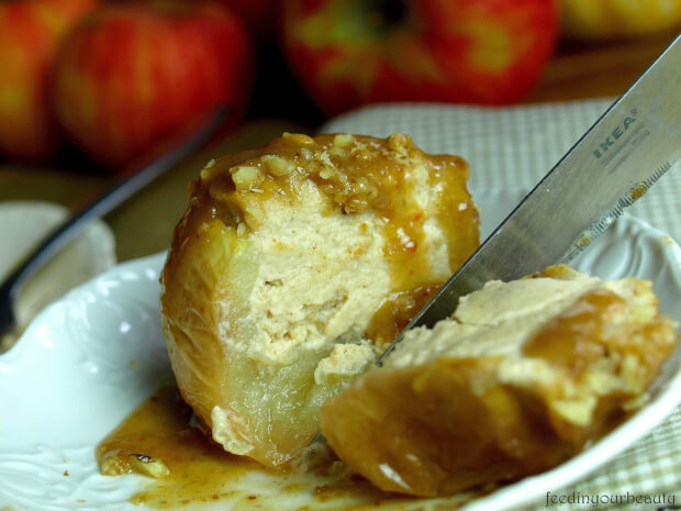 Baked Apple Cheesecakes