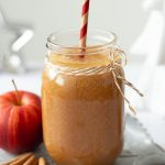 Vegan Apple Cinnamon Smoothie in a glass
