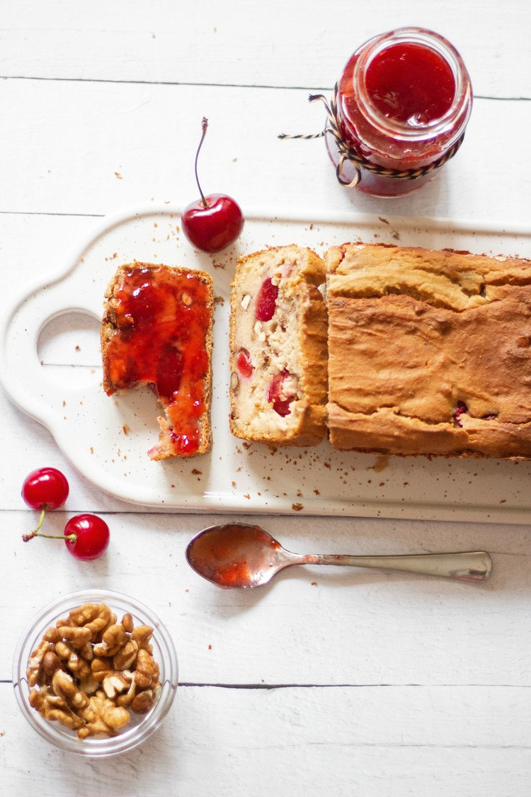 This Vegan Protein Bread with Cherries and Walnuts is the perfect gluten-free and healthy Summer breakfast.   The Green Loot #vegan #veganrecipes #Summer #glutenfree