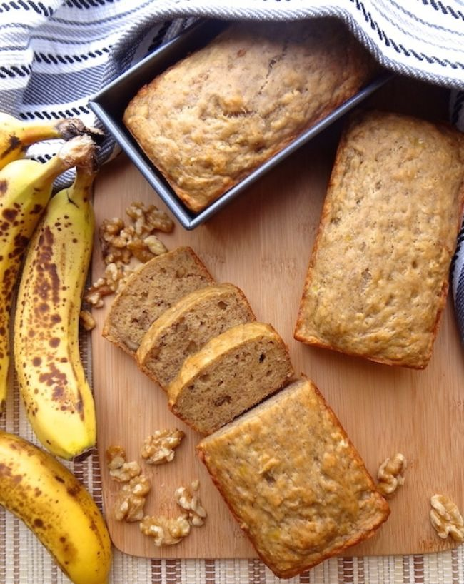Basic Banana Bread with Walnuts