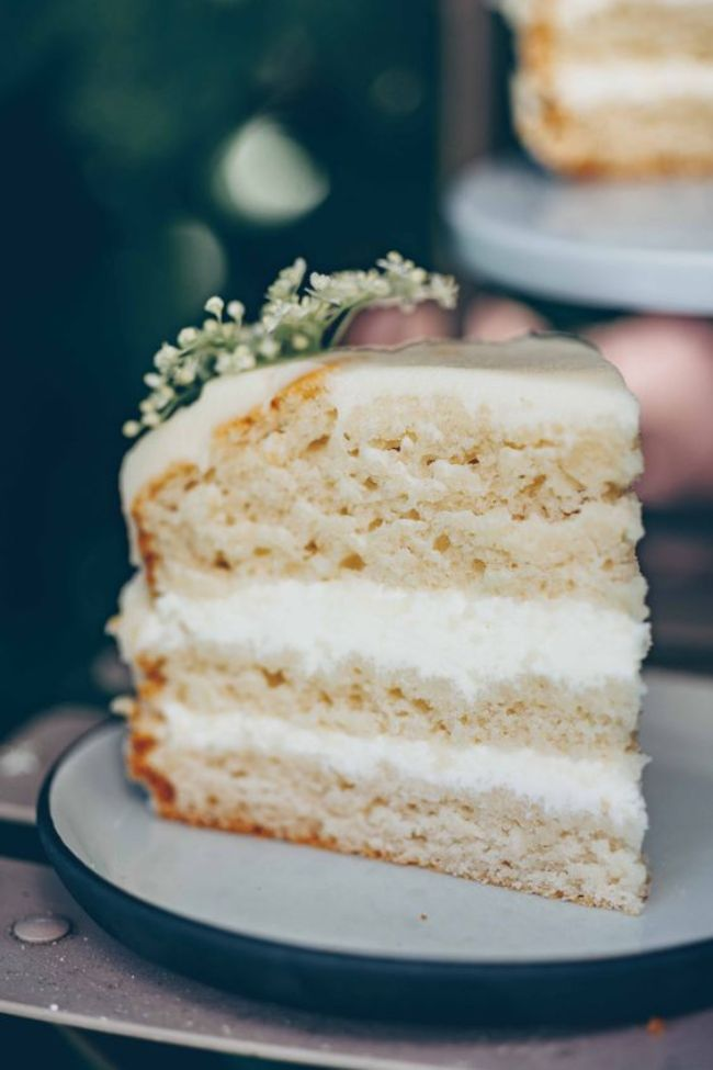Buttercream Cake with Elderflower Syrup