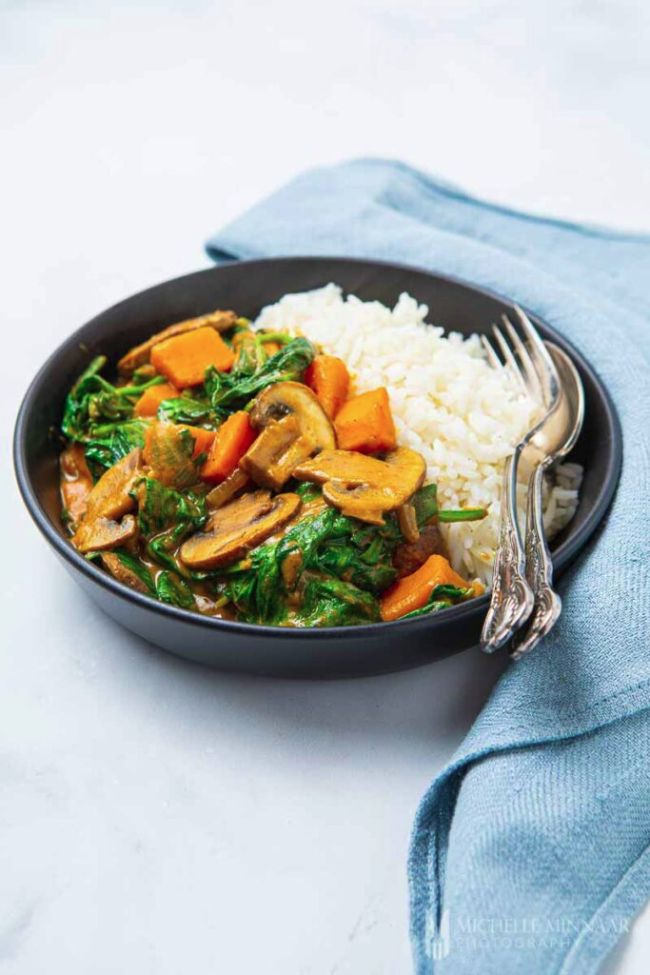 Spinach, Mushroom and Sweet Potato Curry