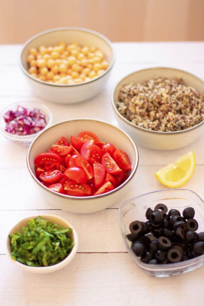 vegan Mediterranean Quinoa Salad with chickpeas