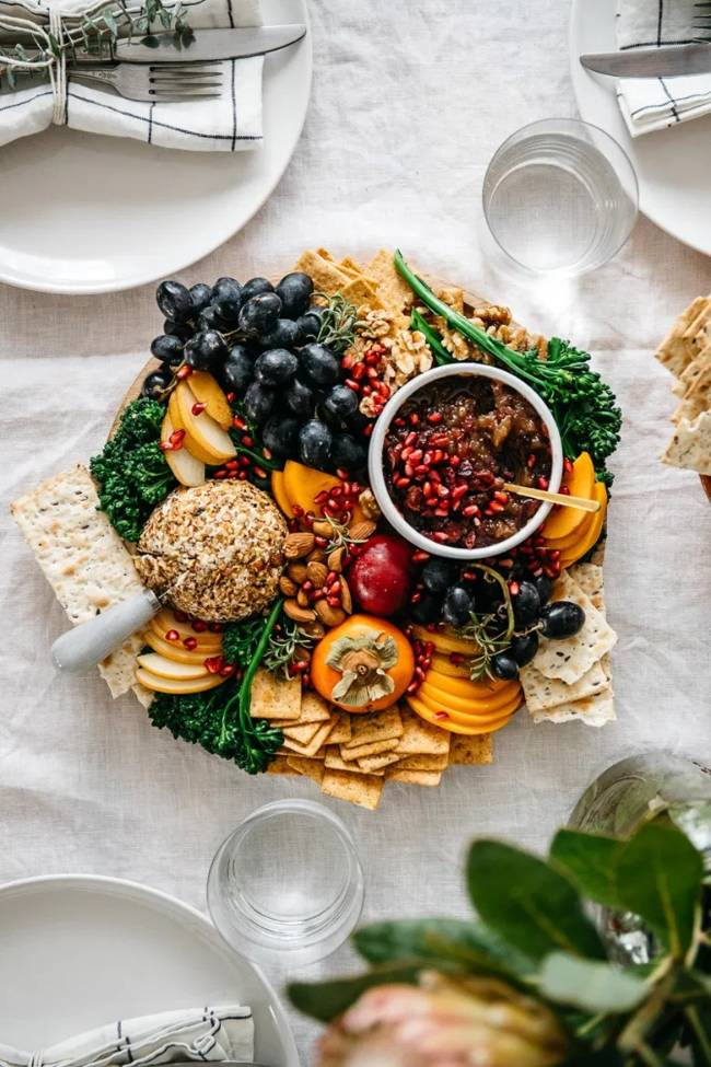 Holiday Cheese Ball Platter
