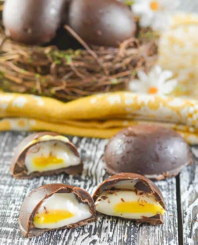 Vegan Creme Eggs